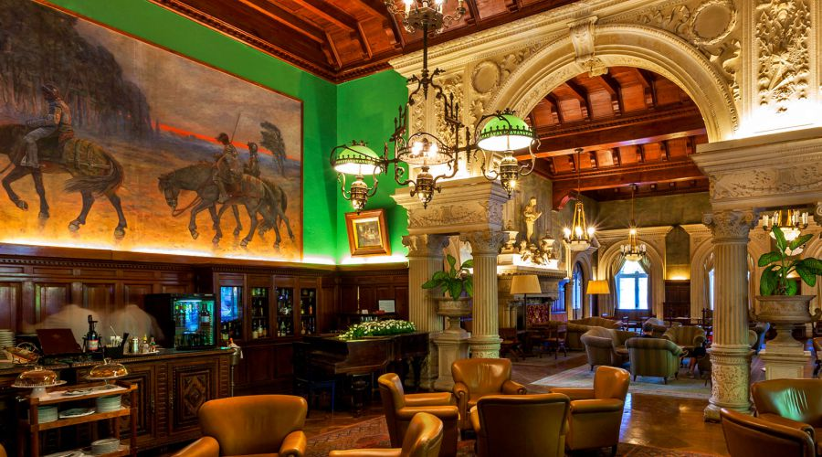 The Carlos Reis Bar - Palace Hotel do Bussaco *****